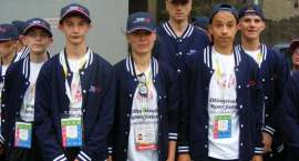 Olimpijczycy do Abu Dhabi
