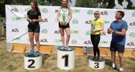 Dekoracja zwycięzców biegu Eco - Cross 2018 w Złotowie