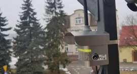 Trwa montaż czujników do analizowania stanu powietrza w Złotowie