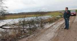 Co z przepustem i zalanymi polami w Starej Wiśniewce?