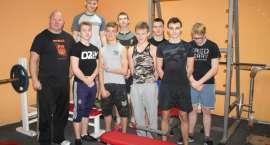 Wychowanie na siłce, czyli jak przez ćwiczenia przeciwdziałać uzależnieniom