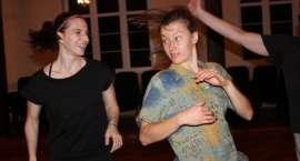 Tańcz, głupi, tańcz