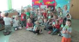 Dzieci z Przedszkola Anglojęzycznego Sunny Days z wizytą w Miejskiej Bibliotece Publicznej