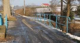 Mieszkańcy Blękwitu bronią mostu