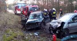 Wypadek na trasie Wersk-Zakrzewo. 3 osoby poszkodowane