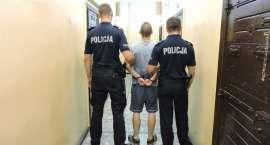 Policjanci zatrzymali sprawcę rozboju z użyciem noża