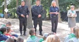 Obozowiska pod czujnym okiem policjantów