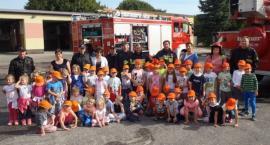 Najmłodsi z wizytą u złotowskich strażaków