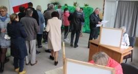 Złotowianie w lokalach wyborczych