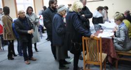 Wybory samorządowe 2018 – coraz więcej mieszkańców Złotowa przy urnach wyborczych