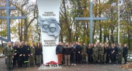 Klasy mundurowe na Cmentarzu Wojennym w Złotowie