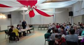 Dzielnicowi spotkali się z seniorami w Krajence i Tarnówce