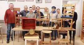 Kurs renowacji mebli z Uniwersytetem Ludowym