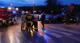 Uszkodzone dwa pojazdy