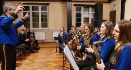 Orkiestra zagrała w Zakrzewie