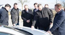 Wizyta wicemarszałka Wojciecha Jankowiaka w powiecie złotowskim i gminie Łobżenica