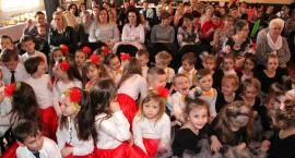 Zakrzewskie przedszkolaki na Dzień Kobiet
