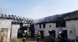 Spłonęła stodoła. Przed ogniem udało się uratować zwierzęta