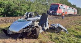 Dwie osoby zginęły na przejeździe kolejowym w Skórce[WIDEO]