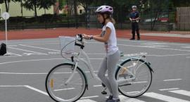 Uczniowie Jedynki zdają egzaminy na kartę rowerową