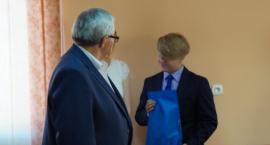 Burmistrz wyróżnił ucznia szkoły podstawowej w Sypniewie