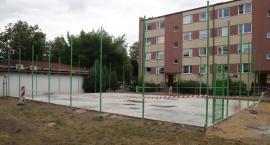 Postępują prace przy budowie nowego mini boiska przy ulicy Westerplatte