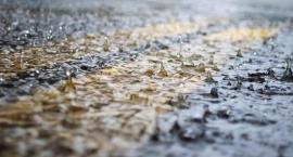 Uwaga! Silne opady deszczu i burze w powiecie złotowskim