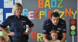 Policjanci odwiedzili najmłodszych