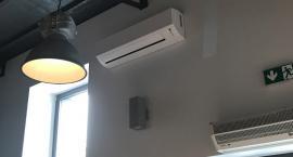 Kiedy przeprowadzić serwis klimatyzacji w biurze?