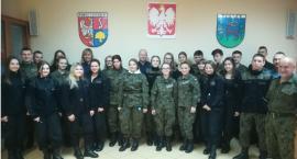 Uczniowie CKZiU z wizytą w złotowskiej komendzie