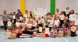 Wir lernen Deutsch und sind sportlich - turniej sportowo - językowy w SP2