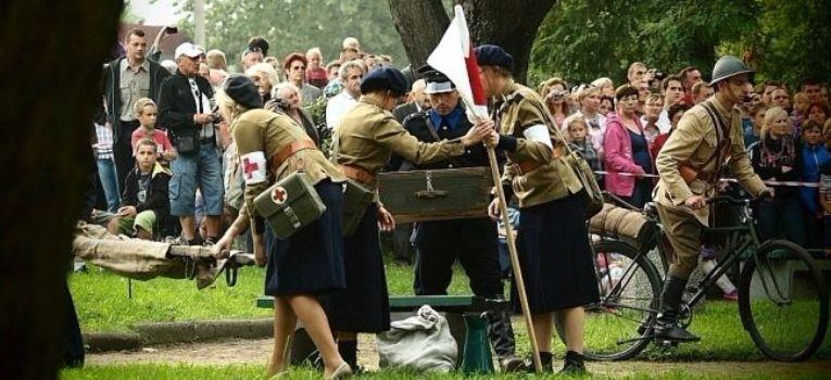 Imprezy historyczne, Suwałki nalot września spóźniona relacja - zdjęcie, fotografia