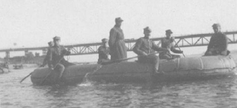 Marynarka wojenna, Łódź brezentowa - zdjęcie, fotografia