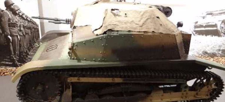 Pojazdy historyczne, Muzeum Polskiej Techniki Wojskowej wojna - zdjęcie, fotografia