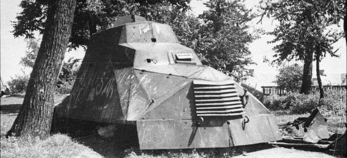 Publikacje, Samochód pancerny Powstańców Warszawskich Kubuś - zdjęcie, fotografia