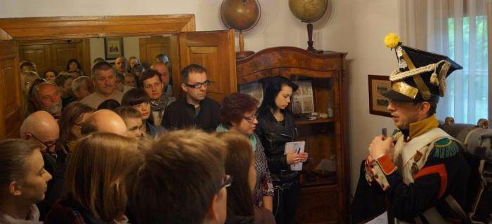 Imprezy historyczne, Patriotyczny Wehikuł Czasu Dworek - zdjęcie, fotografia