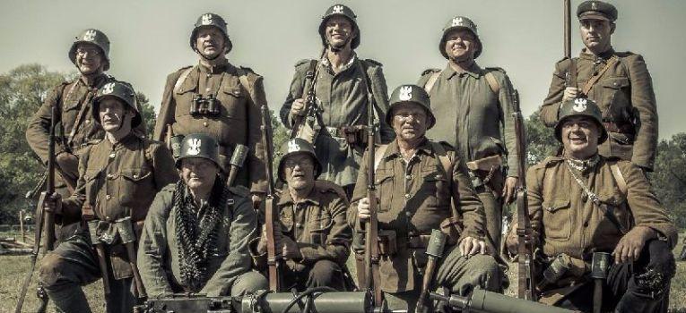 Filmy historyczne, rocznica bitwy Ossowem - zdjęcie, fotografia