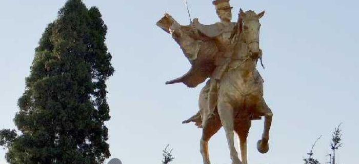 Kawaleria, Złoty Ułan pomnik Kałuszynie - zdjęcie, fotografia