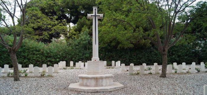 Eksploracje, Cmentarz wojenny Rodos - zdjęcie, fotografia