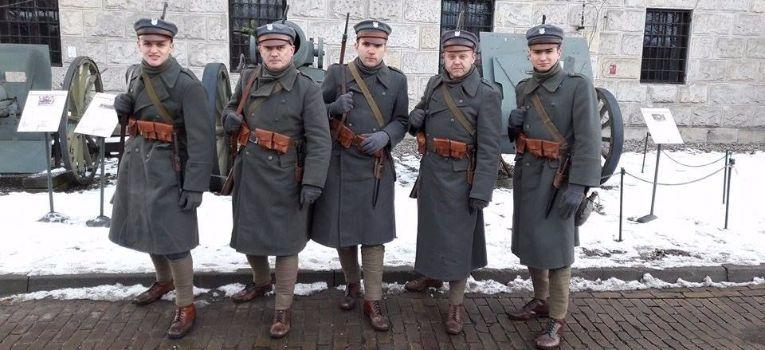 Imprezy historyczne, legionowych mundurach czyli Warszawa później - zdjęcie, fotografia