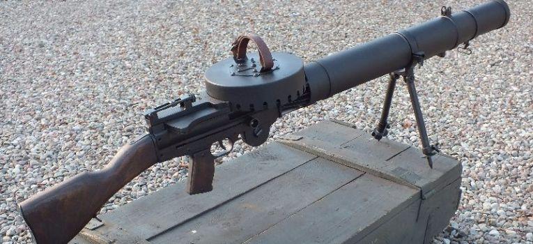 Broń palna, Lewis replika - zdjęcie, fotografia