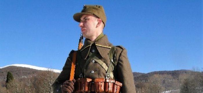 Mundury wojskowe, Żołnierz kompanii asystencyjnej marzec - zdjęcie, fotografia