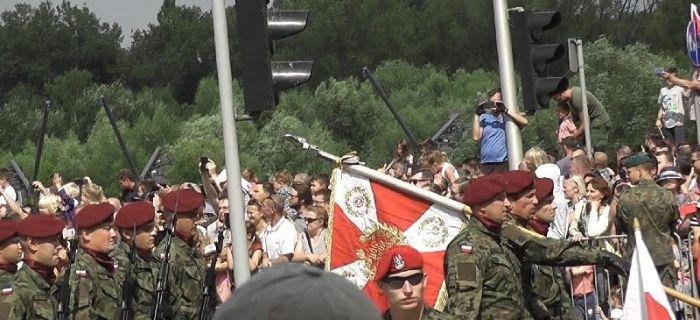 Imprezy historyczne, Święto Wojska Polskiego defilada Warszawie - zdjęcie, fotografia