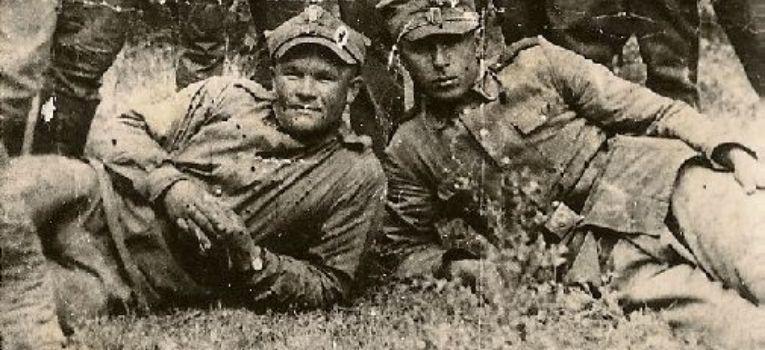Mundury wojskowe, Szara piechota może jednak piaskowa pstrokata Kilka słów sytuacji mundurowej - zdjęcie, fotografia