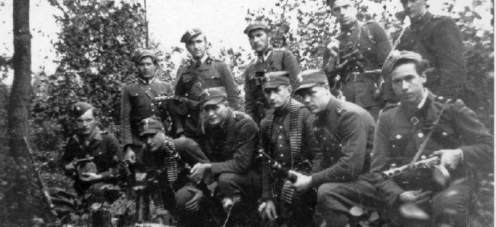 Filmy historyczne, Żołnierze niezłomni Początek walki Osiński - zdjęcie, fotografia