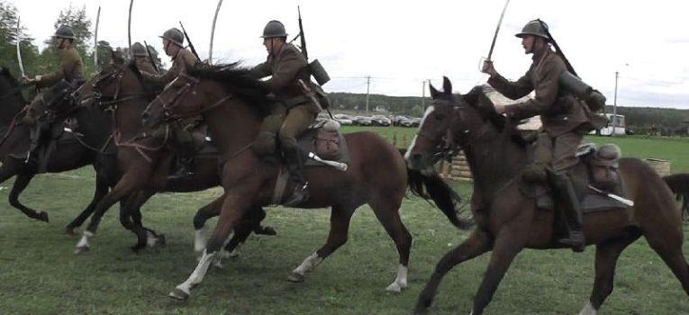 Imprezy historyczne, Uroczystości patriotyczne Porębie inscenizacja - zdjęcie, fotografia