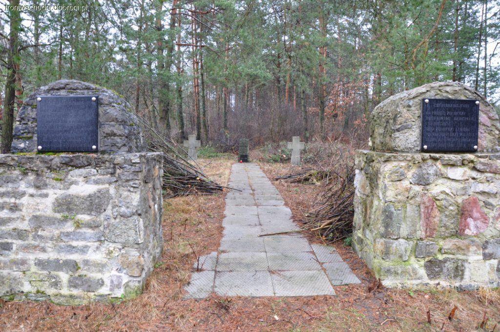 Bunkry i fortyfikacje, Słowiki cmentarz wojenny - zdjęcie, fotografia