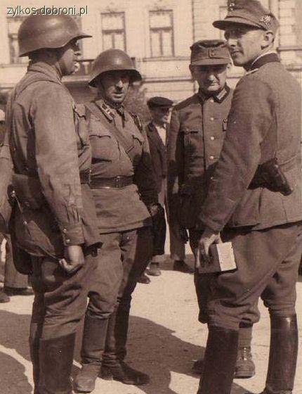 Mundury wojskowe, Niemiecko sowieckie braterstwo broni - zdjęcie, fotografia