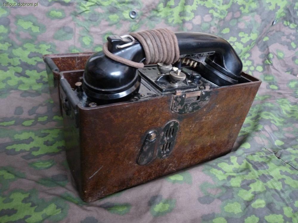 Społeczność, Żołnierz drużyny łączności telefonicznej Wehrmachtu/Waffen - zdjęcie, fotografia