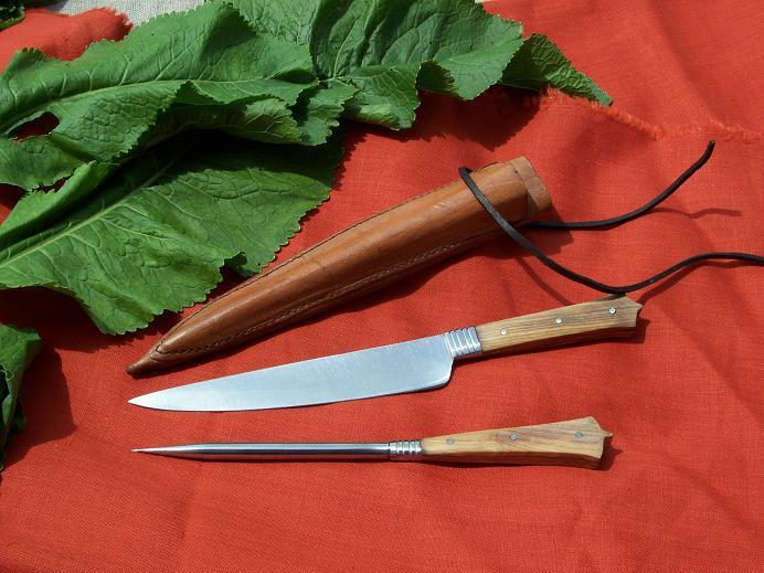 Zbroje kolczugi tarcze, Noże komplety jedzenia - zdjęcie, fotografia